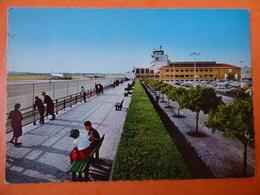 AEROPORT / AIRPORT / FLUGHAFEN     LISBONNE / LISBOA - Aerodromes
