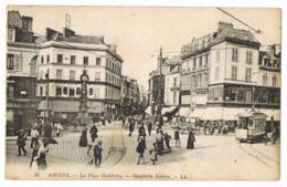 35 Amiens - La Place Gambetta - Square - Animée - Foule - Tramway - Joly - Maison Prevost Boulogne - Mme DELPLANCHE - Amiens