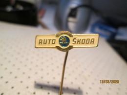 SKODA Car  Pin - Pins