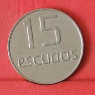 TOKEN    - CASINO DA MADEIRA 15 ESCUDOS 5,6 GRS - 25 MM      - (Nº34146) - Casino
