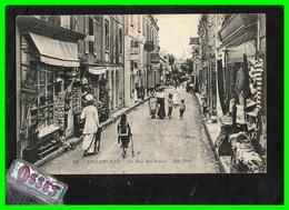 VILLERVILLE - La Rue Des Bains  (recto Verso) - Villerville