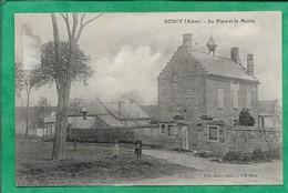 Soucy (02) La Place Et La Mairie 2scans 03-01-1924 Carte Animée - Altri Comuni