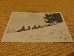 FOTOGRAFIA ANNI 30 ALPINI AL FRONTE SULLE MONTAGNE SU CARTOLINA POSTALE NON VIAGGIATA - Guerra, Militari
