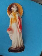 Ancienne Statue GEISHA En Plâtre Polychrome Hauteur 28 Cm - Otros
