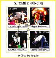 Bloc Feuillet Oblitéré De 4 Timbres-poste - Cirque De Pékin O Circo De Pequim - Sao Tome Et Principe 2004 - Sao Tome Et Principe
