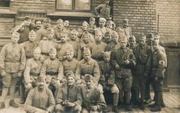 Photo-carte Groupe Militaires Guerre War WW1 171è Régiment Infirmier Soldats - Guerre, Militaire