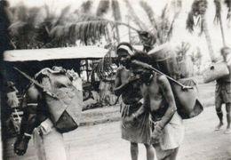 Photo  Afrique Noire. Femme Aux Seins Nus. Circa 1940 - Afrique Du Sud, Est, Ouest