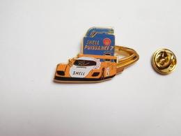 Superbe Pin's En Zamac , Auto Peugeot Sport Proto , Le Mans , Oil Shell Puissance7 , Orange , Signé Arthus Bertrand - Peugeot