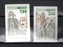 FRANCE  SERVICE   N° 91 + 92   NON DENTELES   NEUFS SANS CHARNIERE  COTE 60.00€  UNESCO MONUMENT - No Dentado