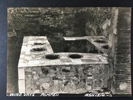 POMPEI........New Excavations..........Nuovi Scavi....Vasi Per Vino.......FOTO Originale - Places