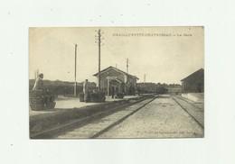 17 - CHAILLEVETTE - CHATRESSAC -  La Gare Abimée Bon état - France