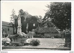 Carte ( Format 15 X 10 Cm ) De Montagney Statue De La Vierge Village Fleuri 1966 ( Peu Courante ) ( Recto Verso ) - Andere Gemeenten