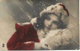 L100F230 - Portrait De Jeune Femme Sous La Neige   - Raphael Tuck - Women