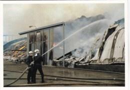 56 - Morbihan -  LANESTER -  Incendie Du Palladium - Zone Du Rohu - Pompiers A L Action - 18/12/1988 - Lanester