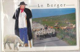 CPM; Berger, Moutons, Personnage Brodé Ou Tissé, Sous Cellophane,  Non écrite - Brodées