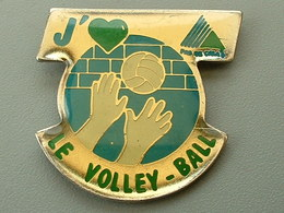 PIN'S  J'AIME LE VOLLEYBALL - DEPARTEMENT DU PAS DE CALAIS - Voleibol