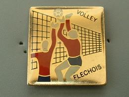 PIN'S VOLLEYBALL FLECHOIS - Voleibol