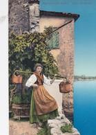 SIRMIONE-DESENZANO-GARDONE-LAGO DI GARDA-RAGAZZA CON IL SECCHIO-CARTOLINA VIAGGIATA IL 24-4-1920 - Brescia