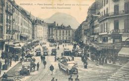 J65 - 38 - GRENOBLE - Isère - Place Grenette - Départ Central Des Automobiles Des Excursions Dauphinoises - Grenoble