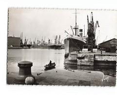 59 Dunkerque Un Coin Du Port Bateau Cargo Grue  CPSM GF Cachet 1946 - Dunkerque