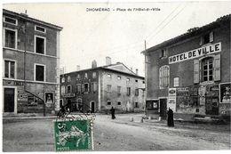 CHOMERAC 07 ARDÈCHE PLACE DE L'HOTEL DE VILLE EDIT. ARTIGE (VOIR A LA LOUPE AFFICHE D'UNE CORRIDA...) - Francia