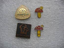 Pin's 4 Champignons En Provenance De Croatie - Alimentation