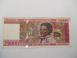 Madagascar: 25000 Francs 1995 - Madagascar