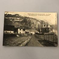 73-SAVOIE- SAINT JEAN DE MAURIENNE / La Gare, Vue Extérieure -le Rocher Du Perron - Saint Jean De Maurienne