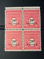 1945 NEUF Bloc De 4 Timbres Arc De Triomphe 2,40 YT 710 - 1944-45 Arc De Triomphe