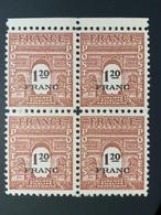 1945 NEUF Bloc De 4 Timbres Arc De Trimphe 1,20 C YT 707 - 1944-45 Arc De Triomphe