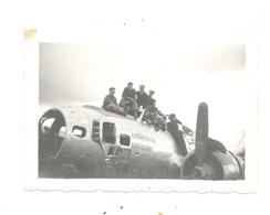 Photo ( +/- 6 X 9 Cm) Epave D'un Forteresse Volante B17 - Vestige De La Guerre 40/45 -  A SITUER (b274) - Oorlog, Militair