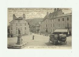 48 - MENDE - L'hotel De Ville Et La Place D'engerant Animé Caleches Bon état - Mende