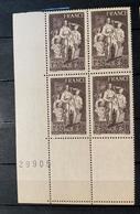 1943 NEUF Bloc De 4 Timbres Famille Du Prisonnier  YT 585 Numéroté - Ungebraucht