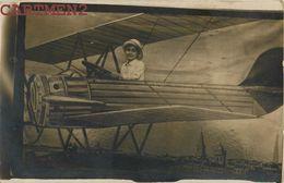 CARTE PHOTO : MONTAGE PHOTO SURREALISME PHOTOMONTAGE PHOTO DE FOIRE AEROPLANE - Photographs