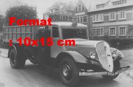 Reproduction D'une Photographie Ancienne D'un Camion Latil Au Gazogène - Repro's