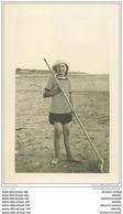 17 CHATELAILLON. Pêcheuse De Crevettes 1916. Carte Photo - Châtelaillon-Plage