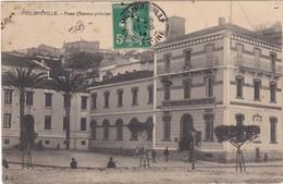 484 PHILIPPEVILLE - ENTRÉE PRINCIPALE DE L'HÔTEL DES POSTES ET TÉLÉGRAPHES - PLACETTE DEVANT L'ENTRÉE - Skikda (Philippeville)