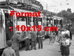 Reproduction D'une Photographie Ancienne De La Fête D'adieu Du Tramway à Thun-Steffisburg En Suisse En 1958 - Riproduzioni