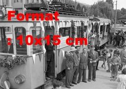 Reproduction D'une Photographie Ancienne D'unefête D'adieu Du Tramway à Thun-Steffisburg En Suisse En 1958 - Riproduzioni
