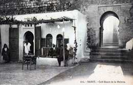 RABAT-  87- Café Maure De La Médersa. - Rabat