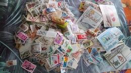 DM131 LOT MONDE ET COLONIES A TRIER COTE++ DÉPART 10€ - Vrac (min 1000 Timbres)