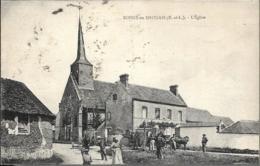 D28 -BOISSY EN DROUAIS - L'EGLISE - Plusieurs Personnes - Chevaux - Charrettes - Pompe à Eau - Autres Communes