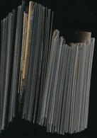 WORLD SELECTION ON PRESENTATION PACKS  LARGE MAJORITY MNH - Timbres