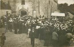 SACLAS Sortie église - Carte Photo - Autres Communes