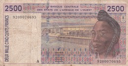 BILLET 2500 FRANCS BCEAO  PICK 112A BON  ETAT  VOIR SCAN - Otros – Africa