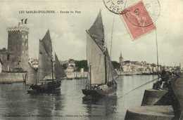 LES SABLES D'OLONNE Entrée Du Port Bateaux De Peche Colorisée   RV - Sables D'Olonne