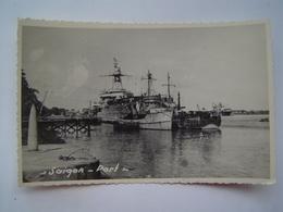 CARTE POSTALE Photo Ancienne 1950 : SAIGON / PORT / BATIMENTS MARINE / INDOCHINE - Viêt-Nam