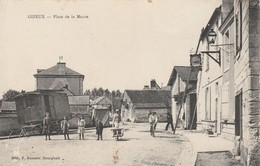CARTE POSTALE   GIZEUX 37  Place De La Mairie - Autres Communes