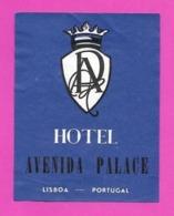 Etiquette HOTEL AVENIDA PALACE.   Lisbonne.   Portugal.   Luggage Label. - Etiquettes D'hotels
