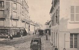 POISSY La Rue De PARIS (mercerie Tramway …) Circulée - Poissy